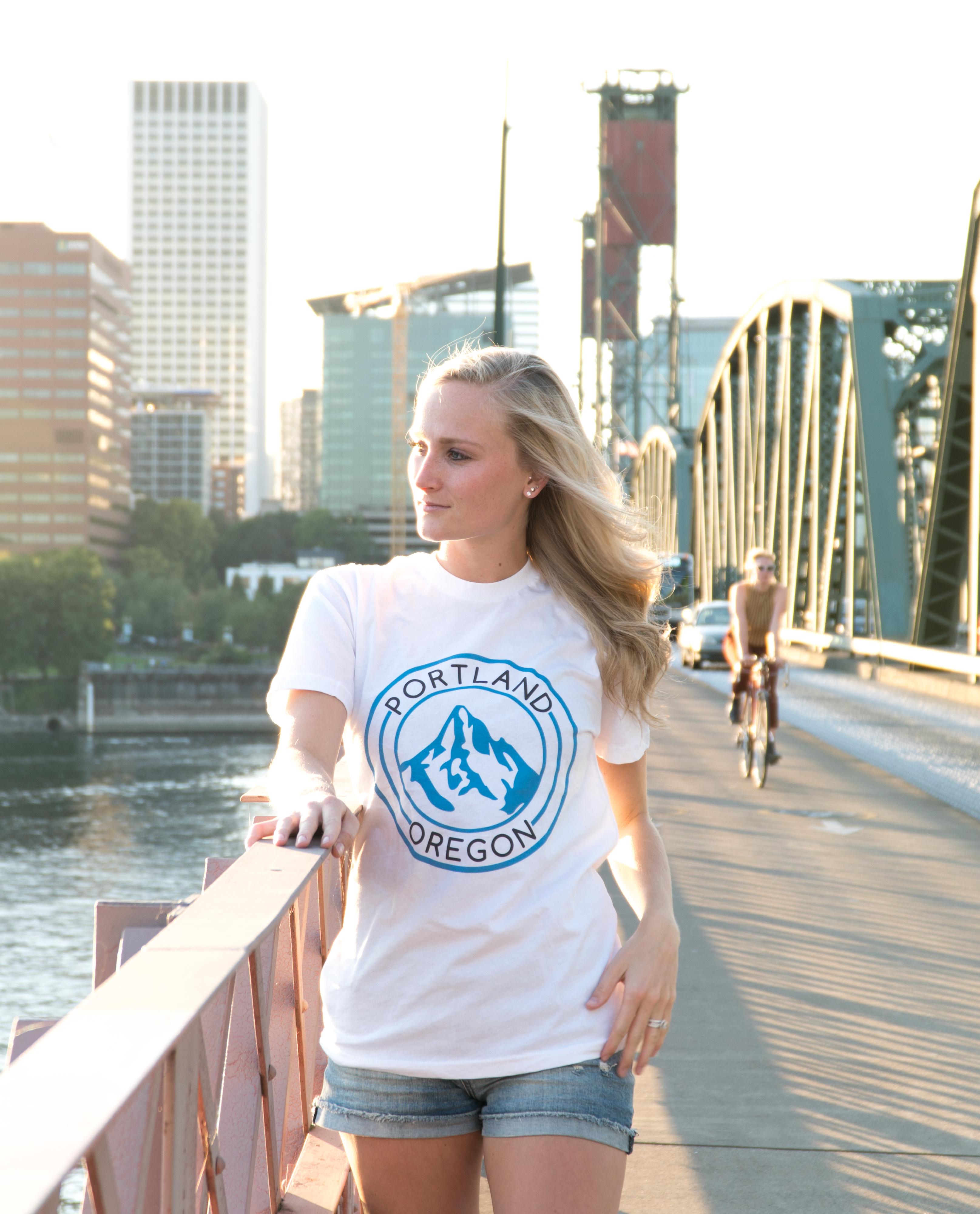 Portland Mt Hood - T Shirt -White