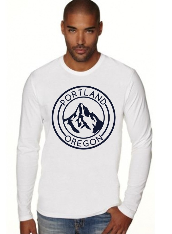 Portland Oregon - Mt Hood - Fitted Long Sleeve Crew