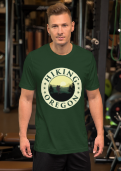 Hiking Oregon - Unisex T Shirt
